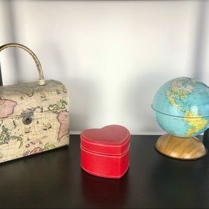 Vintage Accents - The Heart Box